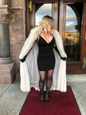 Selenay live escort in Blackfoot ID