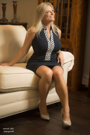 Anthelmine live escort in Burnsville