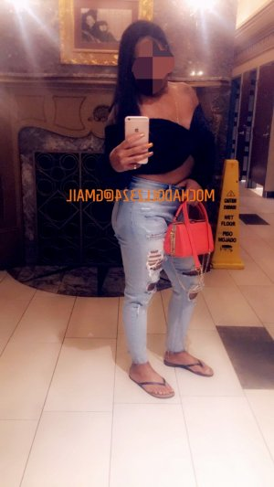 Semsi busty escort girl, meet for sex