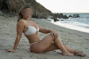 Helda speed dating and busty outcall escort