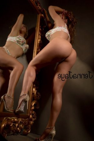 Shannen adult dating & busty escort